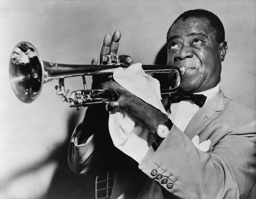 1200px-Louis_Armstrong_restored